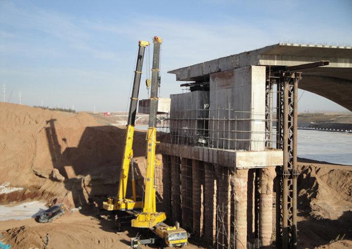西安桥梁切割|桥墩水下切割拆除工程案例